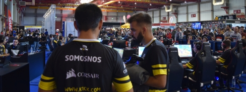 Somosnos & JOliveira10 at IberAnime Eurogamer Final