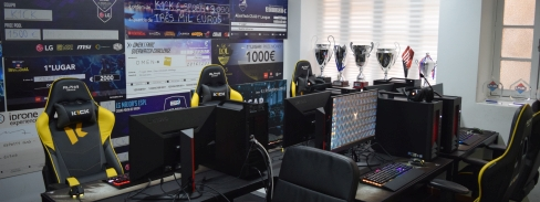 Presenting K1ck Gaming Office!